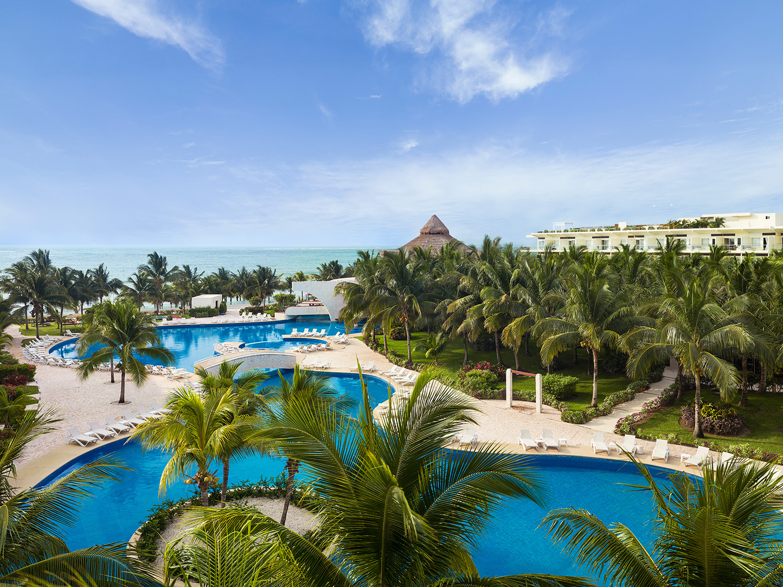 Connecting Luxury Jacuzzi Ocean View Suite