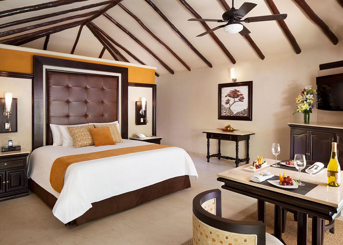 Beachfront Casita Suite
