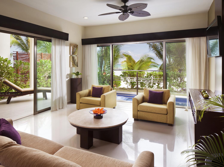 Connoisseur  Beachfront Villa