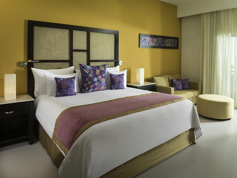 Premium Jacuzzi Junior Suite - located in the Palms section